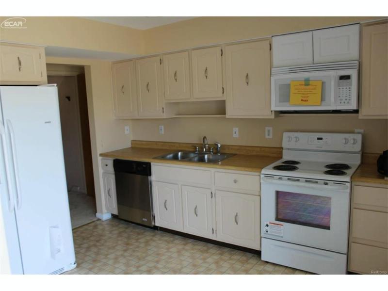 6338  Laurentian Ct,  Flint, MI 48532 by Gebrael Management $69,000