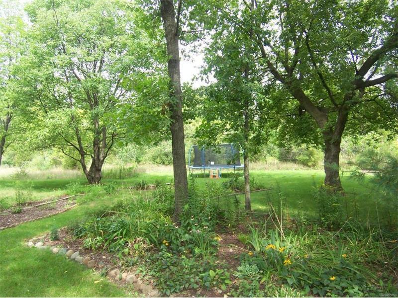 9168 N Island Ct,  Flushing, MI 48433 by Century 21 Woodland Realty $299,900