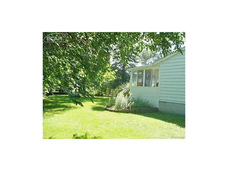 420  Frances Ave,  Flushing, MI 48433 by Remax Town & Country $124,900