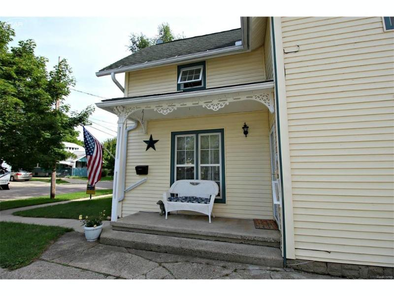 114 S Beech Street Flushing, MI 48433 by Lucy Ham Group Inc $124,900