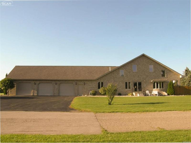 8245  New Lothrop Rd,  New Lothrop, MI 48460 by Remax Tri County $250,000