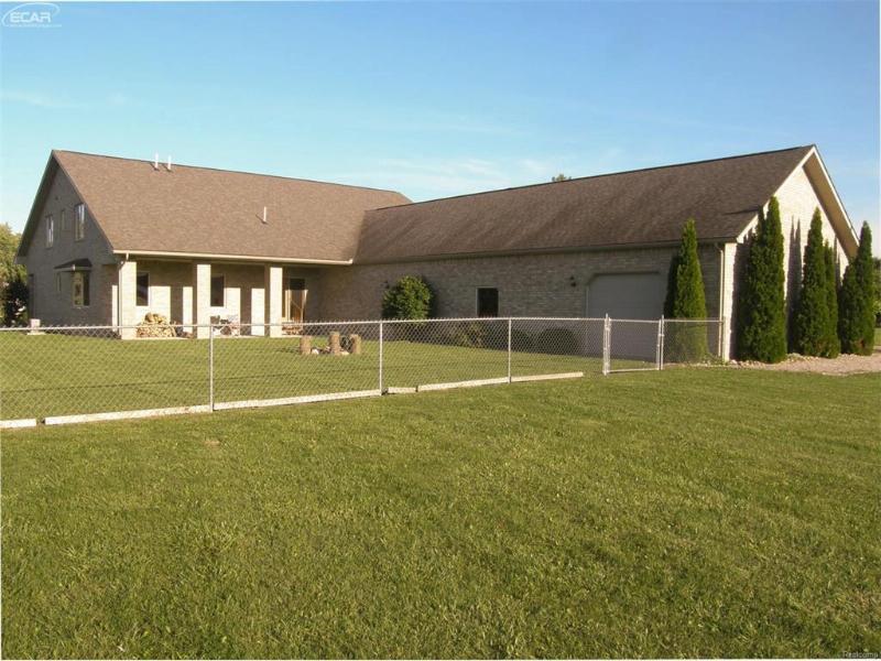 8245 New Lothrop Road New Lothrop, MI 48460 by Remax Tri County $250,000