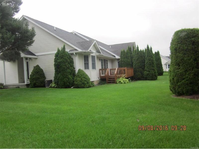 4081  Squire Hill Dr,  Flushing, MI 48433 by Signature Real Estate $99,999