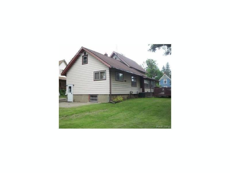 1415 W Main Street Owosso, MI 48867 by The Home Office Realty Llc $65,000