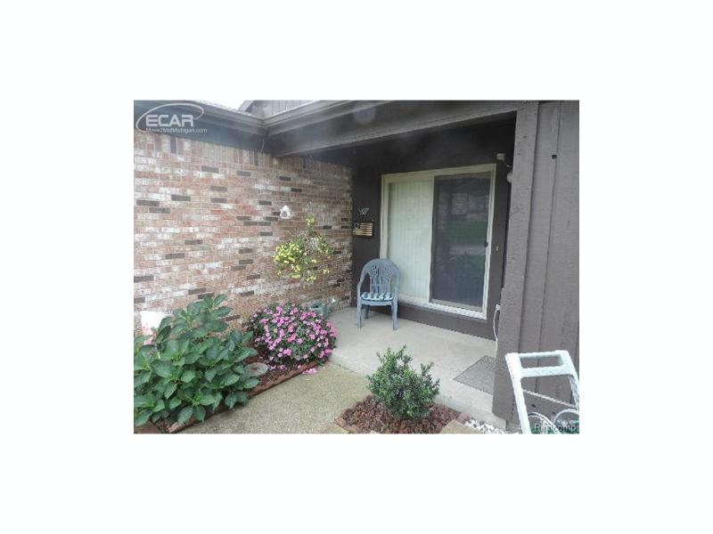 2013 Beekman Court Flint, MI 48532 by Remax Grande $69,900