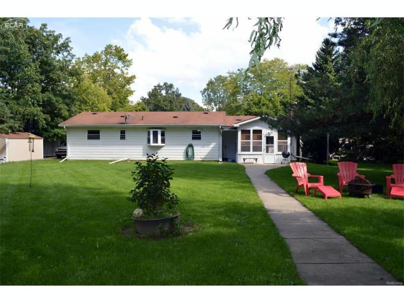 5288  Duffield Rd,  Swartz Creek, MI 48473 by Red Carpet Keim Action Group 1 $148,000