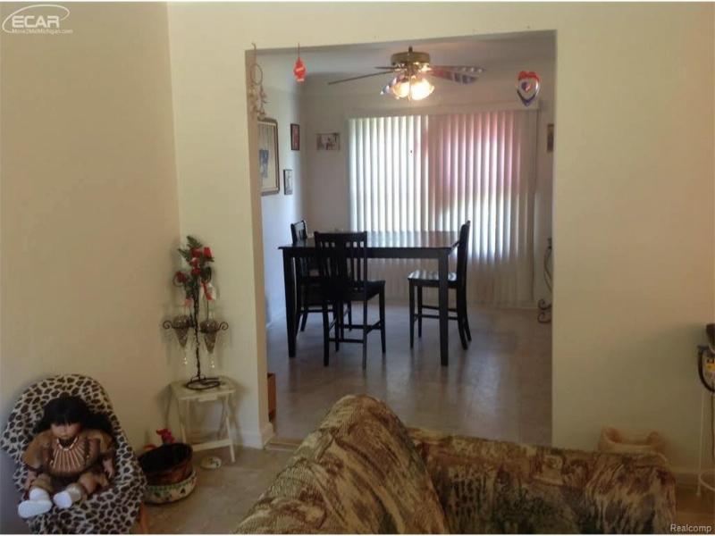 3210 Beecher Road Flint, MI 48503 by Century 21 Woodland Realty $21,500