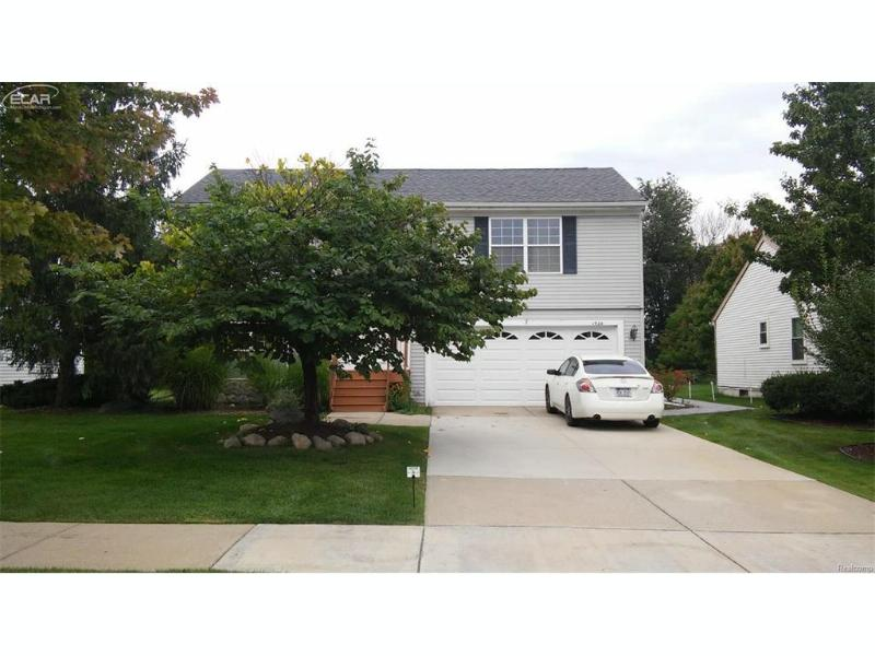 1924 Andover Boulevard Howell, MI 48843 by Century 21 Woodland Realty $199,900