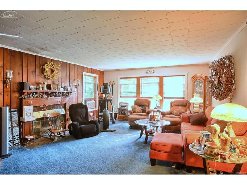 2060  Grange Hall Rd,  Fenton, MI 48430 by Remax Platinum Fenton $750,000