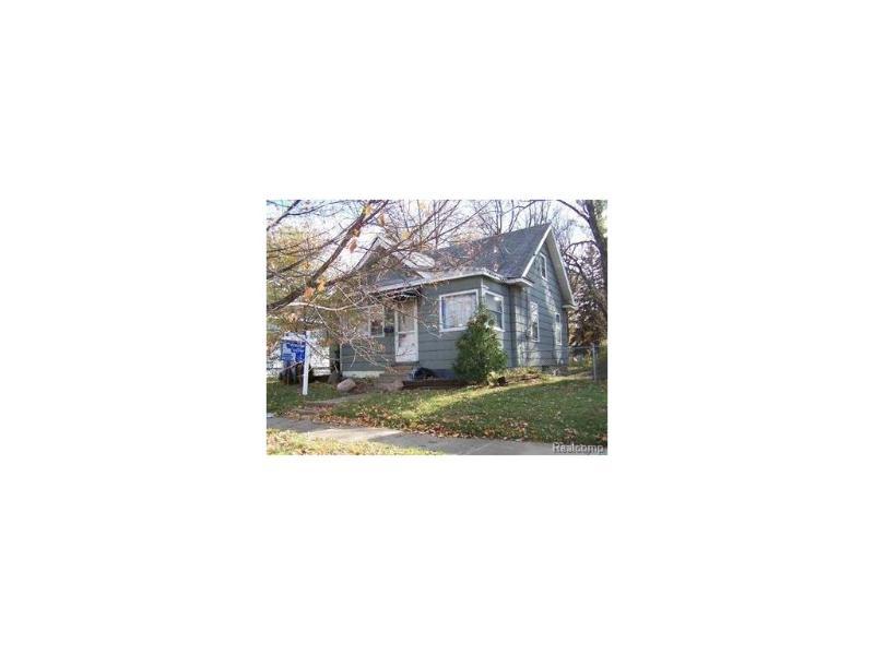 819  Bloor Ave,  Flint, MI 48507 by Elite Real Estate Professionals, Inc. $6,000