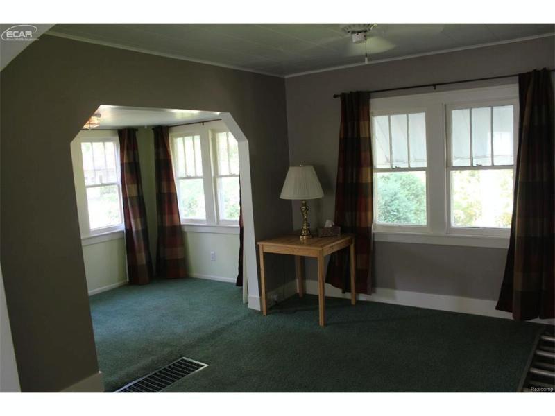 3860  Washington St,  Bridgeport, MI 48722 by Bomic Real Estate $74,900