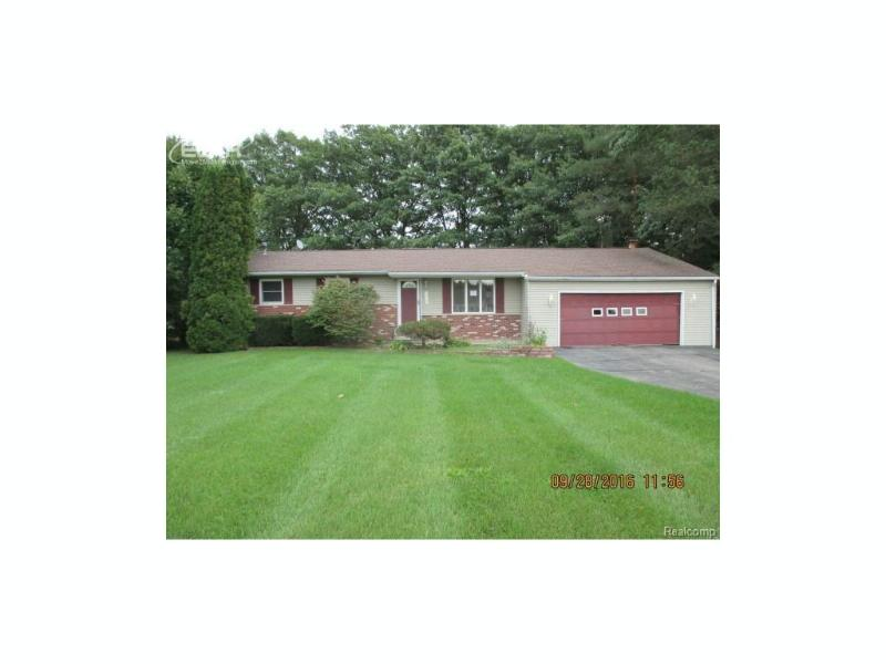 8462 N Seymour Road Flushing, MI 48433 by Inca Realty Llc $119,900
