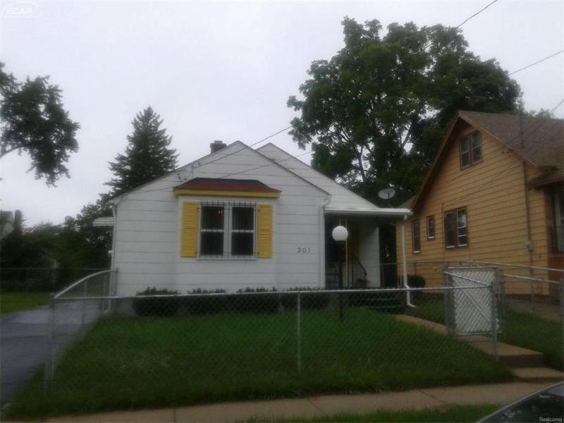 201 E Jackson Ave,  Flint, MI 48505 by Century 21 Woodland Realty $12,000