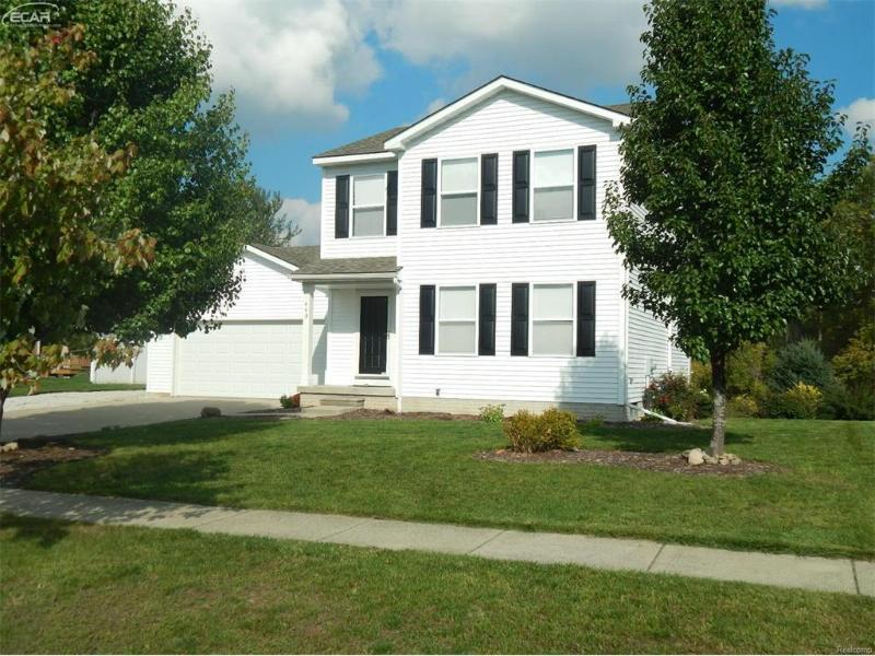 443  Windy Bluf,  Flushing, MI 48433 by Remax Town & Country $139,900