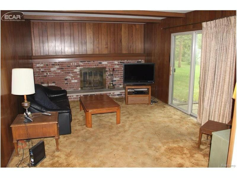 5404  Dorchester Dr,  Flushing, MI 48433 by Remax Town & Country $104,900