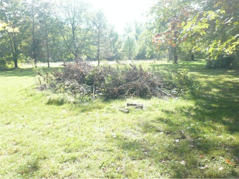 9230  Canada Rd,  Birch Run, MI 48415 by Poulos Realty, Inc $38,000