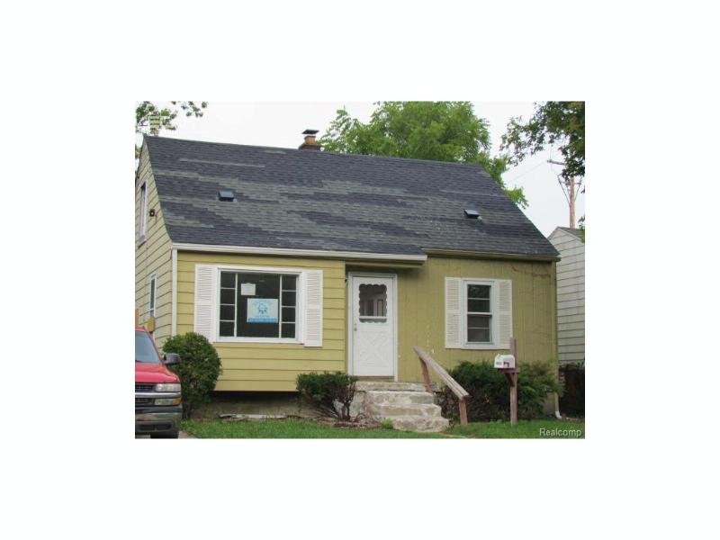 956  Salisbury Ave,  Flint, MI 48532 by Keller Williams Realty $37,500