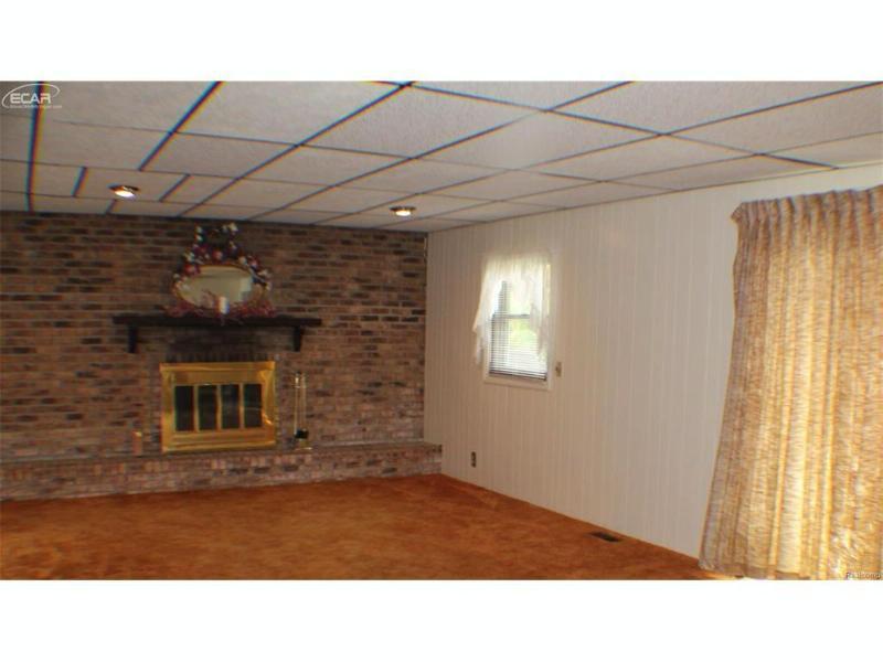 2052  Bernice Ave,  Flint, MI 48532 by Weichert, Realtors - Grant Hamady $109,900