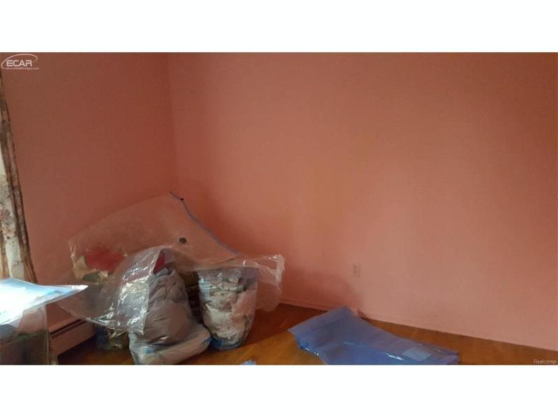 9205  Nashua Trl,  Flushing, MI 48433 by Remax Right Choice $118,900