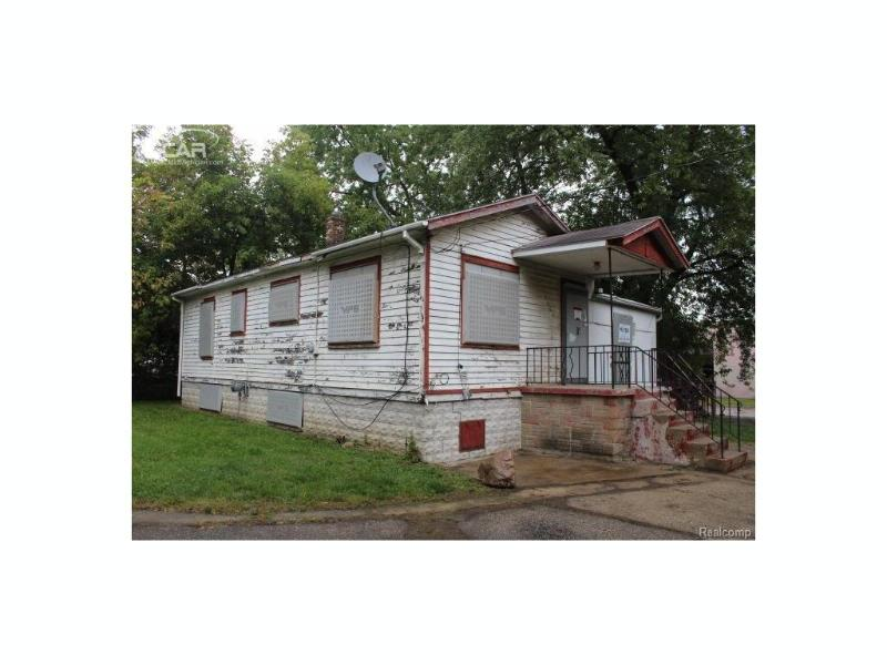 3007  Hoff St,  Flint, MI 48506 by Remax Real Estate Team $5,400