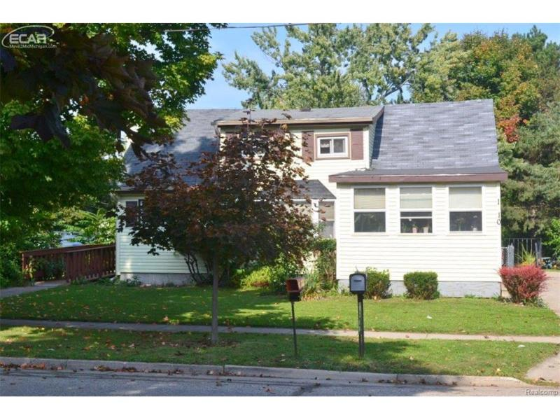 1310  Frederick St,  Owosso, MI 48867 by Century 21 Looking Glass $54,900