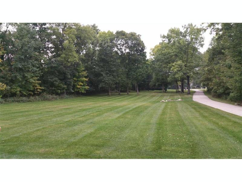 340 E Haven Drive Owosso, MI 48867 by Remax Tri County $359,900