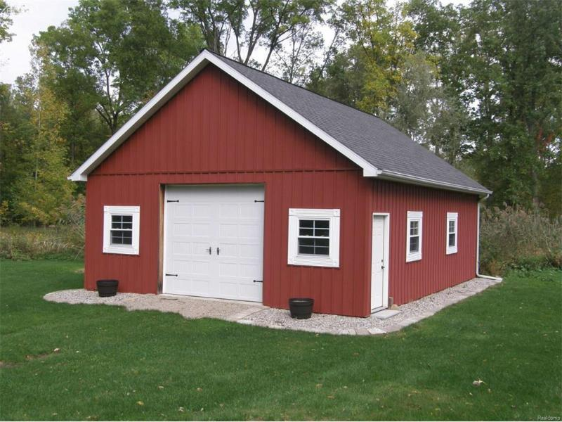 340 E Haven Dr,  Owosso, MI 48867 by Remax Tri County $349,900