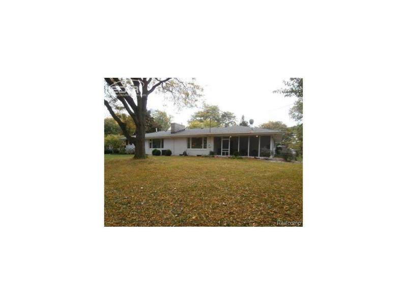 1200  Ward St,  Owosso, MI 48867 by The Home Office Realty Llc $189,900