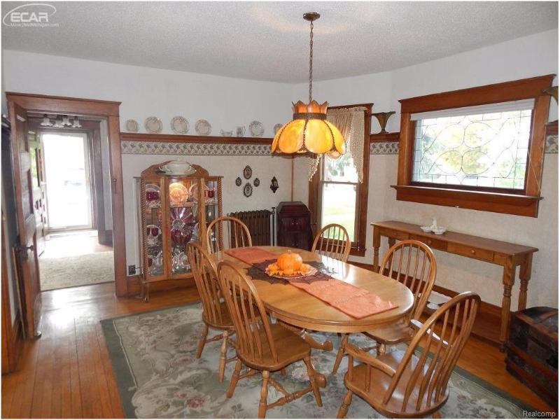 109  Elm St,  Flushing, MI 48433 by Remax Town & Country $179,900