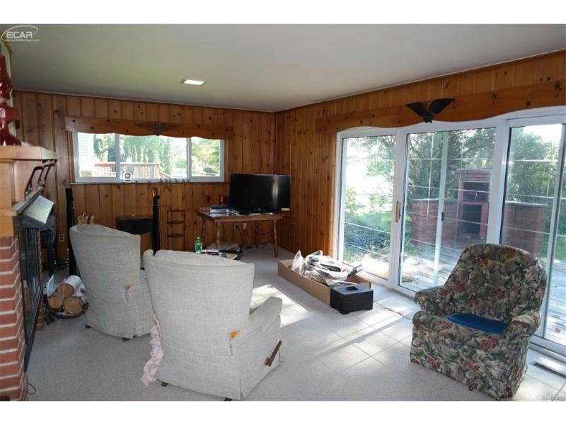 9165 Steephollow Drive White Lake, MI 48386 by Keller Williams Realty $299,900