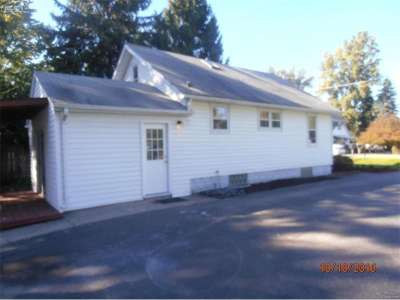 6021 Sonny Avenue Flushing, MI 48433 by The Matt Ochs Real Estate Team, Llc $79,900