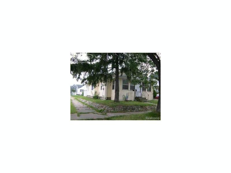 1222 Clancy Avenue Flint, MI 48503 by Burrell Real Estate Inc. $16,900