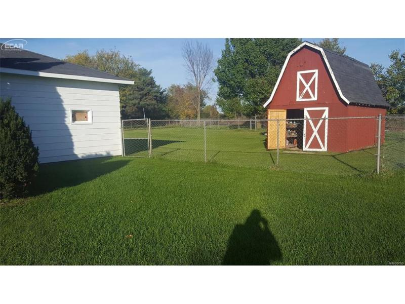 1458 Nichols Road Flushing, MI 48433 by Century 21 Woodland Realty $69,900