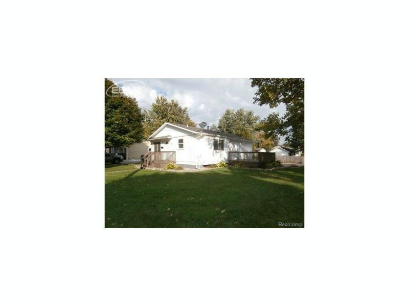 612 W Stewart St,  Owosso, MI 48867 by The Home Office Realty Llc $78,500
