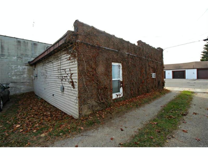 130 N Cherry St,  Flushing, MI 48433 by Lucy Ham Group Inc $55,900