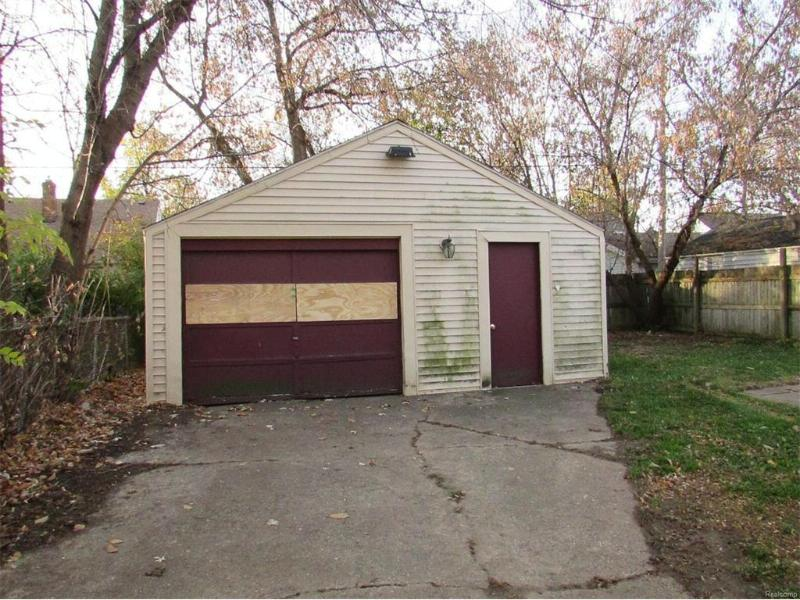 731 W Atherton Rd,  Flint, MI 48507 by Mcguirk Realty Inc. $11,250