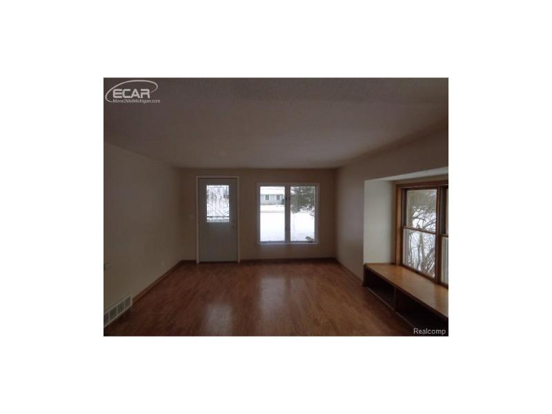 5455  Webster Rd,  Flint, MI 48504 by Remax Right Choice $79,900