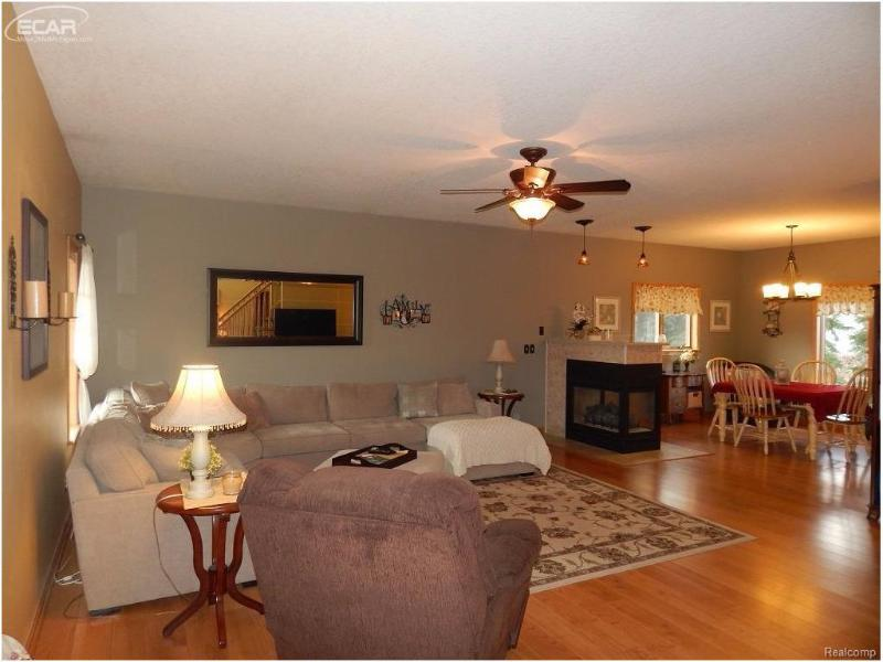 8494  Jaclyn Ann,  Flushing, MI 48433 by Remax Town & Country $254,900