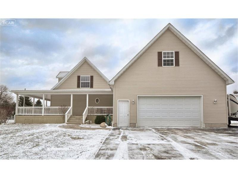 11340  Breckenridge Dr,  Davison, MI 48423 by Remax Real Estate Team $212,000