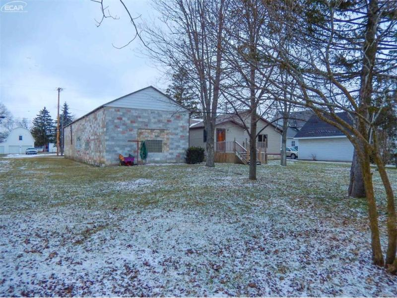 413 S Comstock,  Corunna, MI 48817 by Century 21 Looking Glass $99,900