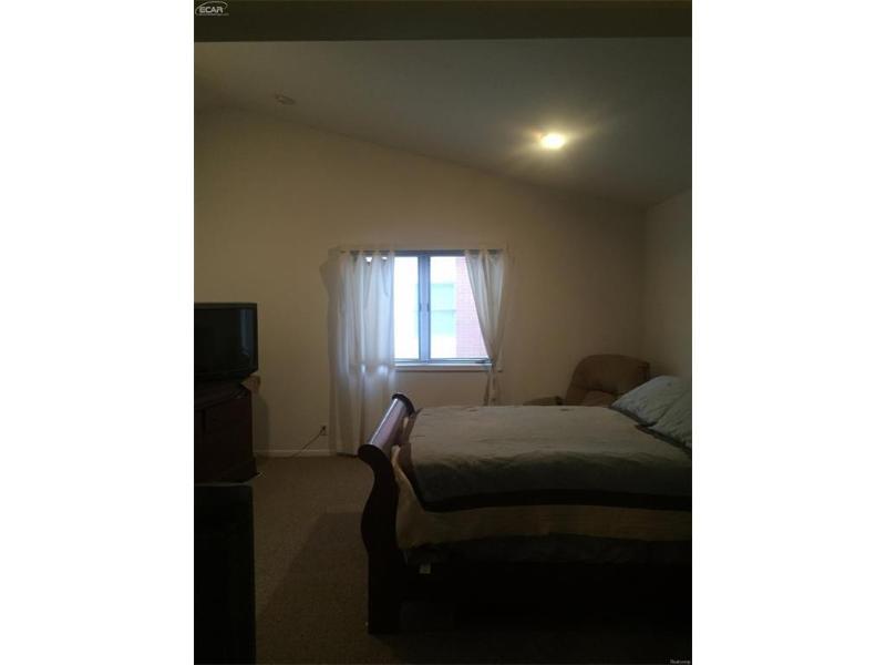 5244  Copley Square Rd,  Grand Blanc, MI 48439 by Aaa A Mcnamara Properties Company $169,900