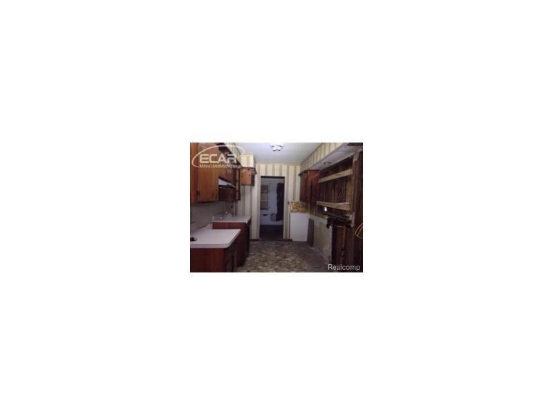 3921 E Kellar Ave,  Flint, MI 48504 by Weichert, Realtors - Grant Hamady $6,500