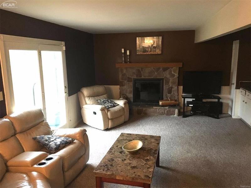 409  Terrace Dr,  Flushing, MI 48433 by Remax Real Estate Team $124,900