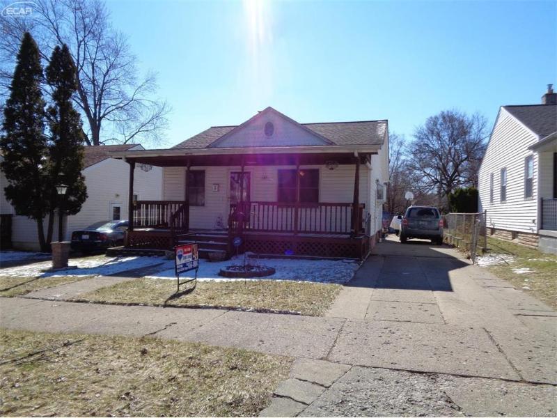 187 W Rutgers Ave,  Pontiac, MI 48340 by Remax Real Estate Team $55,000