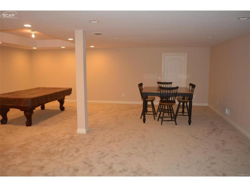 268  Broadway,  Davisburg, MI 48350 by Legacy Realty Professionals $259,900