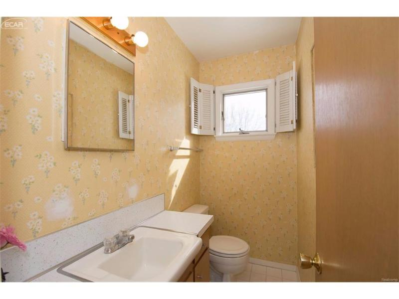9147  Ann Maria Blvd,  Grand Blanc, MI 48439 by Piper Realty Company $149,500