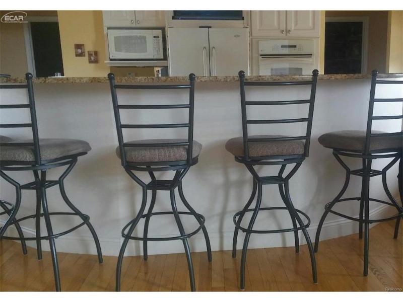 4434 N Jennings Rd Flint MI 48504 By Aaa A Mcnamara Properties Company 305000