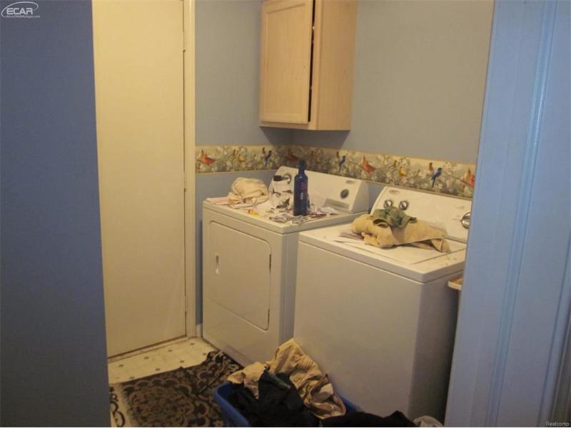 110  Quail Ct,  Capac, MI 48014 by Signature Real Estate $79,900