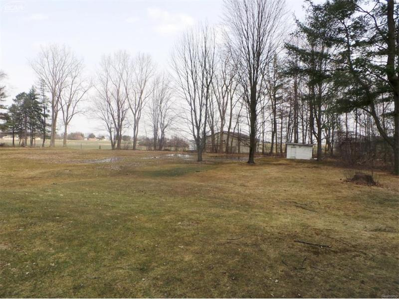 3321 S Airport Rd,  Bridgeport, MI 48722 by Remax Tri County $74,900