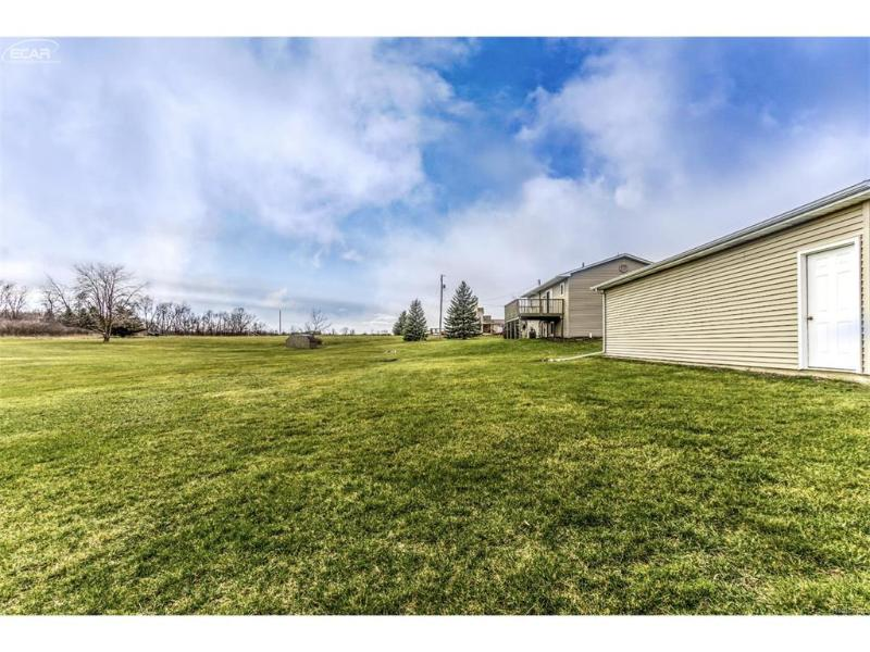 1400  Bone Rd,  Fenton, MI 48430 by Remax Platinum Fenton $225,000